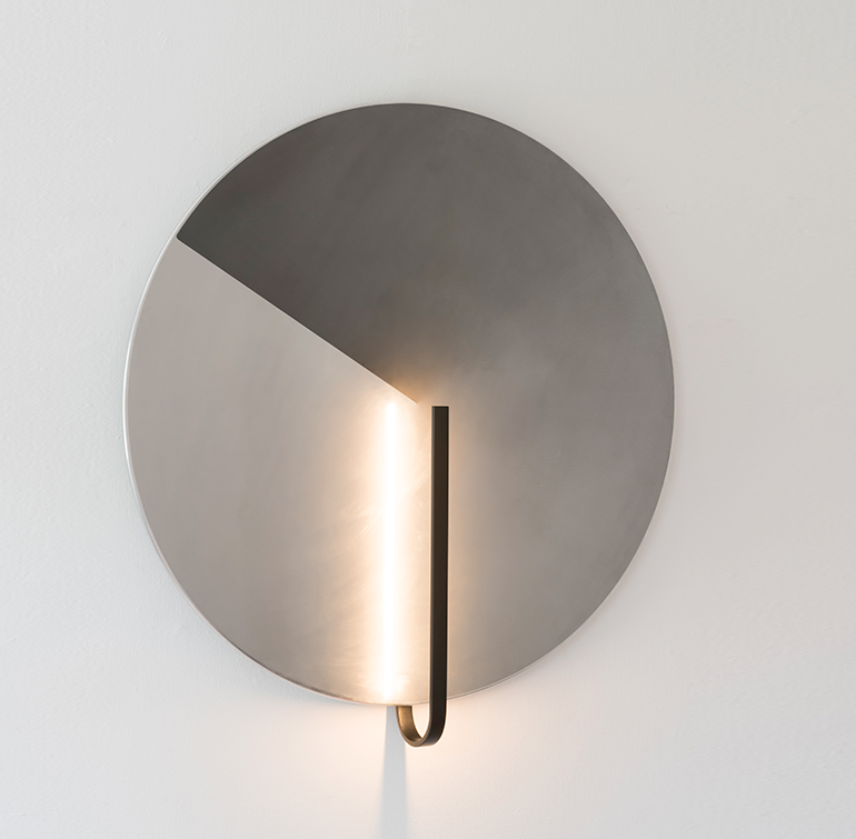 REFLECT WALL LAMP
